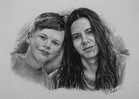 kresbanaprani-kresleny-portreti-nazakazku-kresba-kresleni-art-realisticka-tuzka-uhel-A3-dvojice-RadekZdrazil-20210227